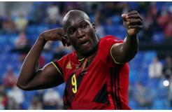 卢卡库梅开二度,比利时大胜俄罗斯