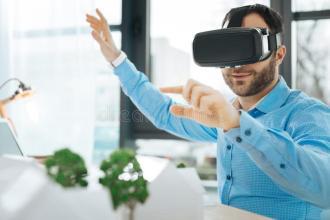 VR建筑师职位搜索随着兴趣达到峰值