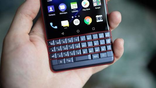 BlackBerry Key2 LE评论 一个受欢迎的密钥更改