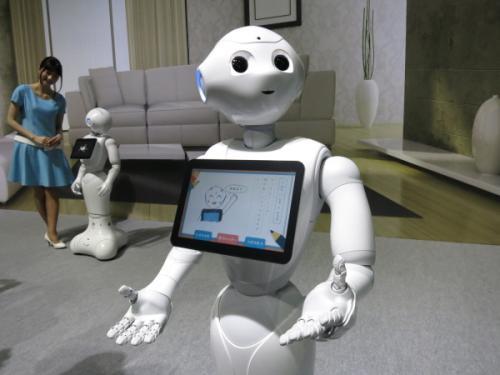为什么拨打电话是亚马逊和谷歌语音机器人竞赛的关键