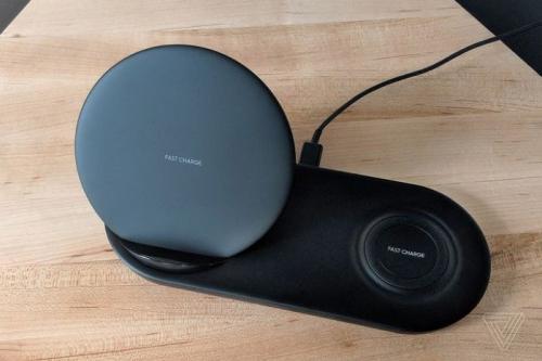 三星无线充电器Duo 智能手机和智能手表的充电底座