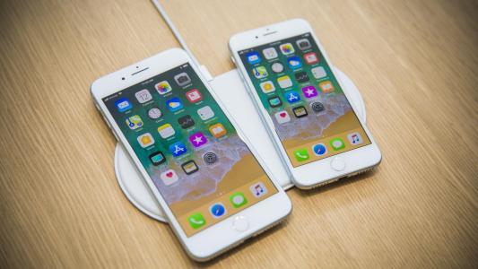 苹果将在2017年改造其iPhone产品线