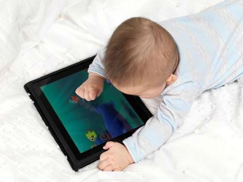 世卫组织:2岁以下儿童勿接触电子屏幕 避免久坐行为