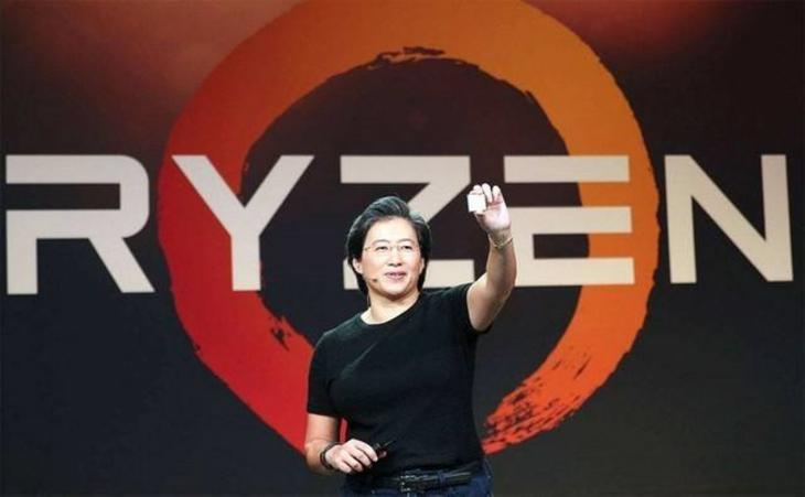 AMD 7nm异军突起,英特尔处理器有望迎来近两年最大幅降价